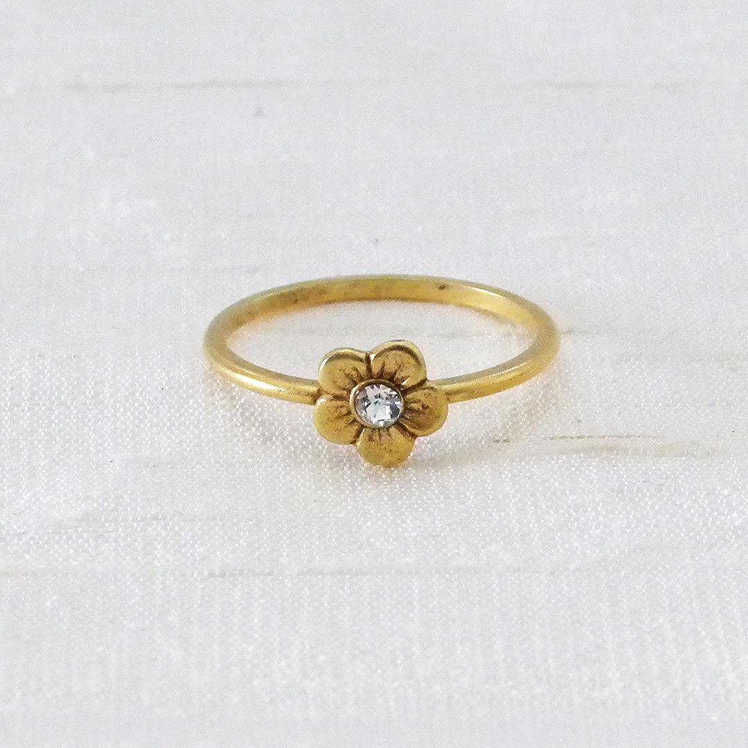 f5480f89fe8dd Tiny Flower Fashion Ring