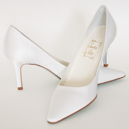 Champagne Classic Wedding Shoe SALE Classic dyeable silk white pump on a